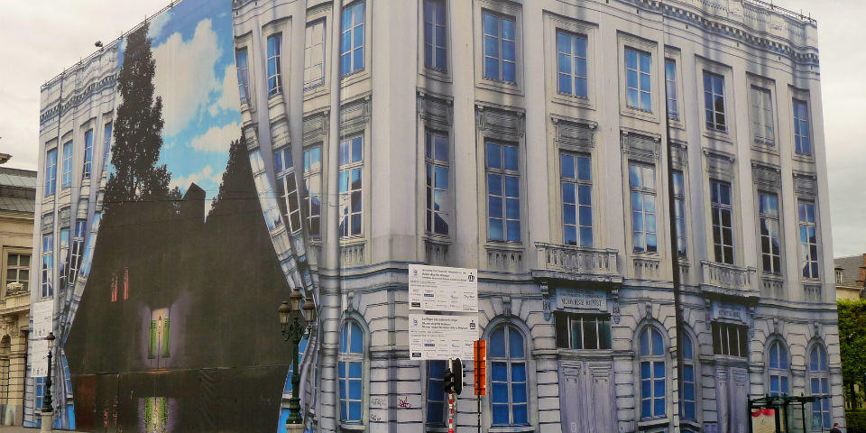 Exterior del Museo Magritte