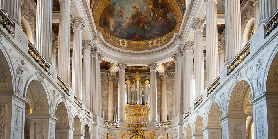 Inside the Versailles Palace, discover it in our trip from Paris