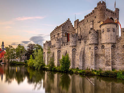 Grevesteen's Castel in Ghent, discover it in our trip to Ghent