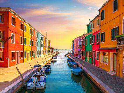 Trip to Murano, Burano and Torcello - Buendía tours Venice